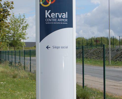 Réalisation d'un totem publicitaire pour Kerval